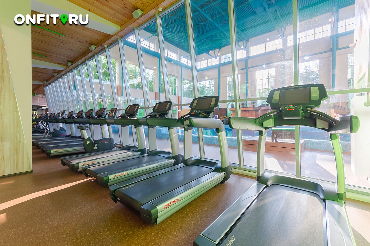 Фитнес клуб славянский бульвар москва как снимаются девушки в ночных клубах